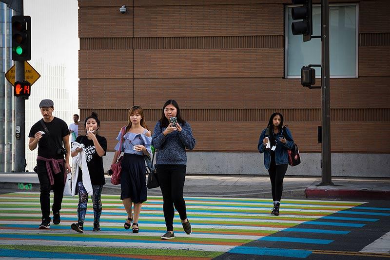 Mobiilimaksaminen valtaa jalansijaa - globaalisti ja lokaalisti